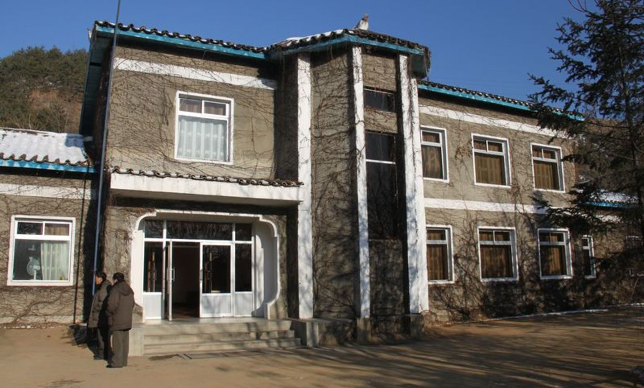 Large tn kyongsong tourist hotel %281%29