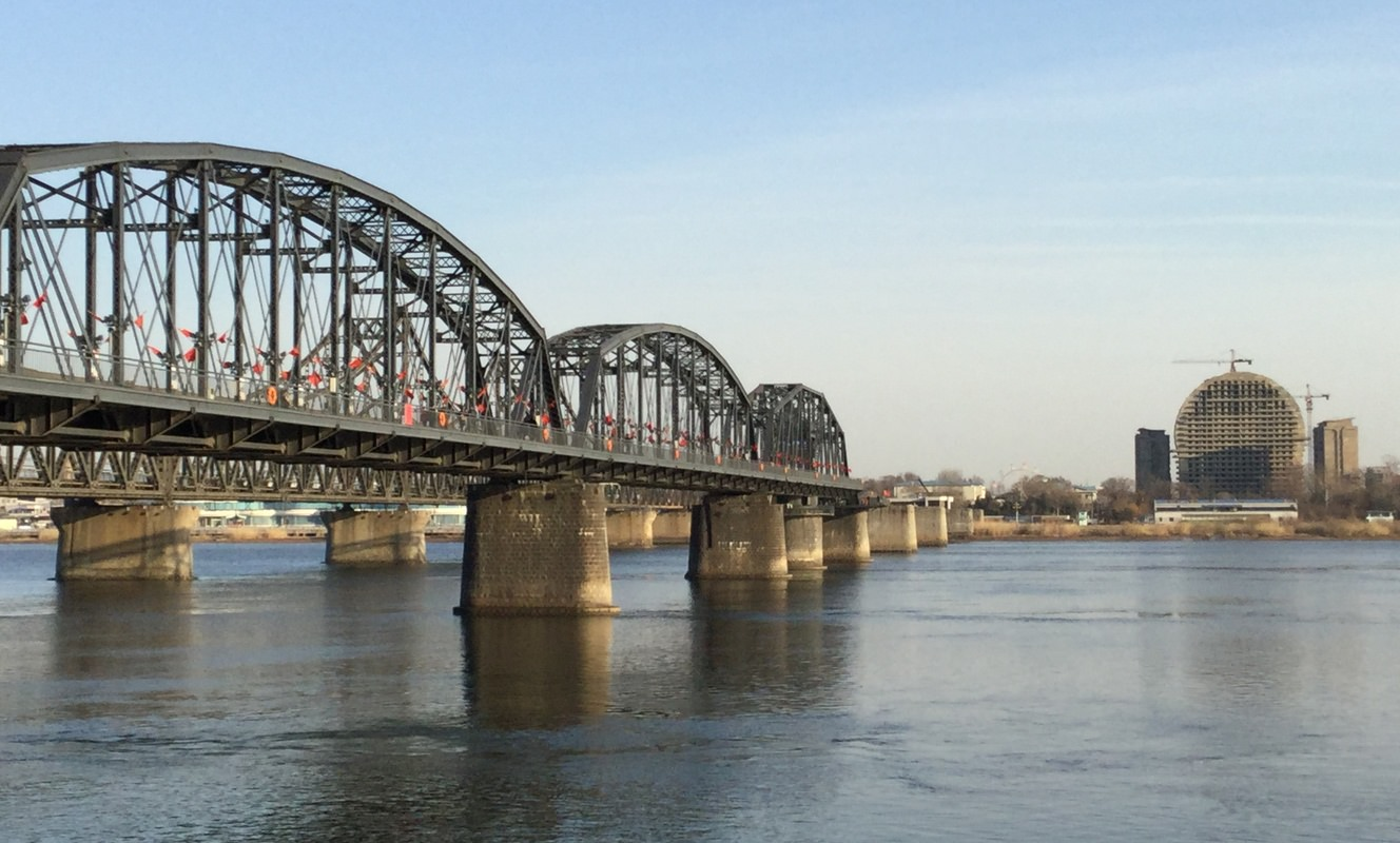 Large broken bridge dandong travel guide